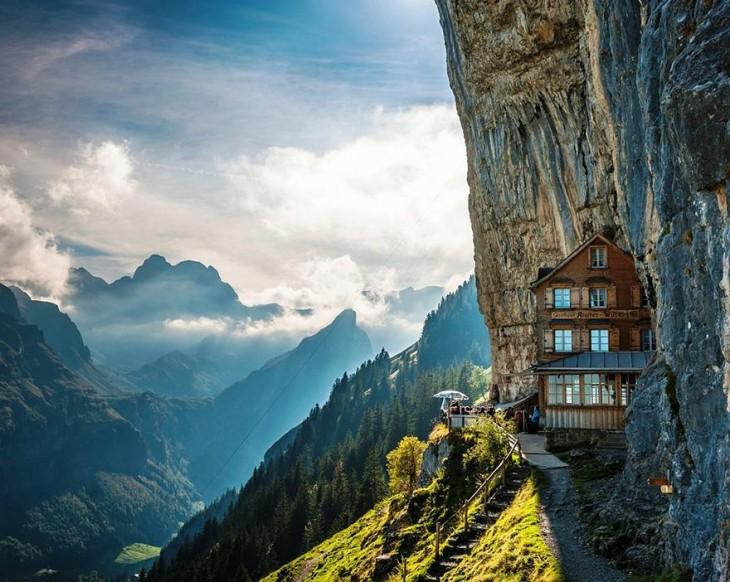 ascher-cliff-suiza
