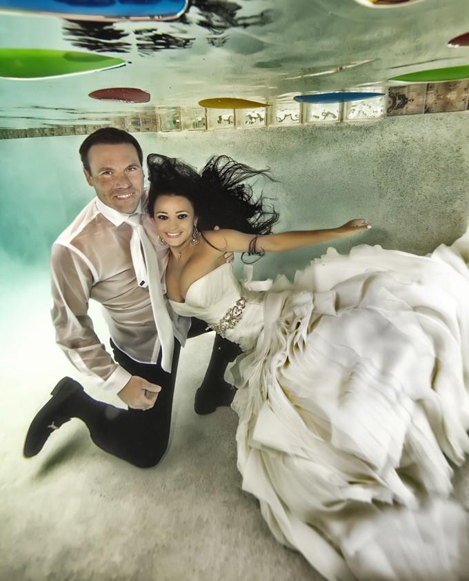 fotografías-de-foto-de-boda-bajo-el-agua-12