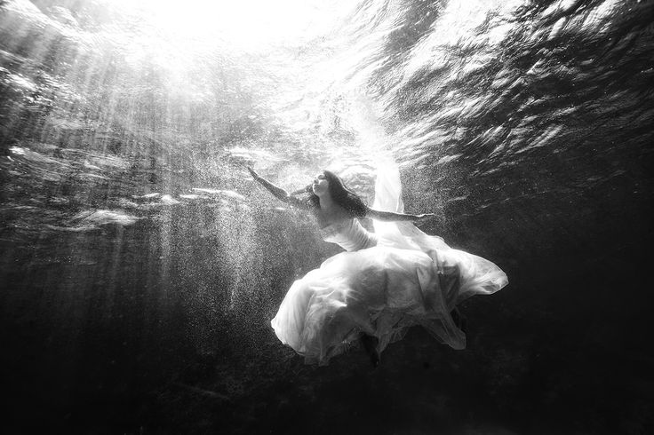 fotografías-de-foto-de-boda-bajo-el-agua-4
