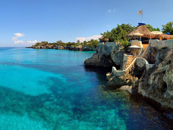 hotel-cueva-resort-jamaica