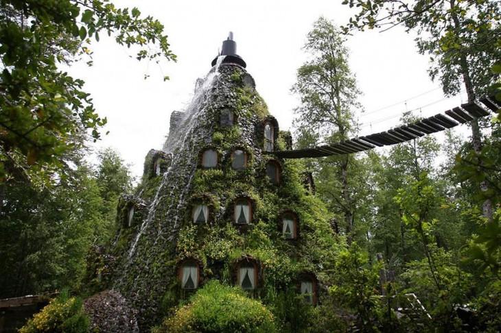 hotel-de-la-montana-magica-chile
