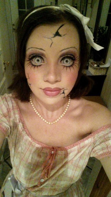 maquillajes-para-halloween-muneca