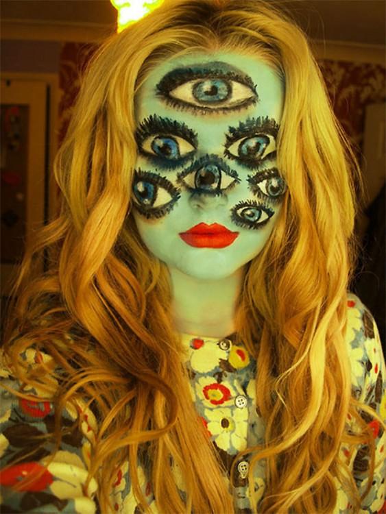 maquillajes-para-halloween-ojos-en-la-cara