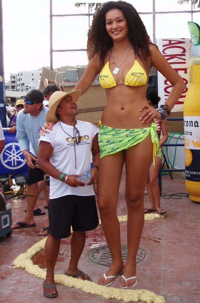 las-mujeres-mas-altas-del-mundo-2