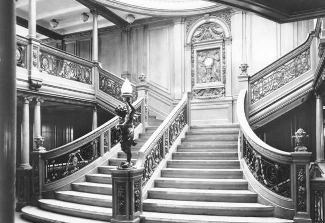 escalera-central-titanic