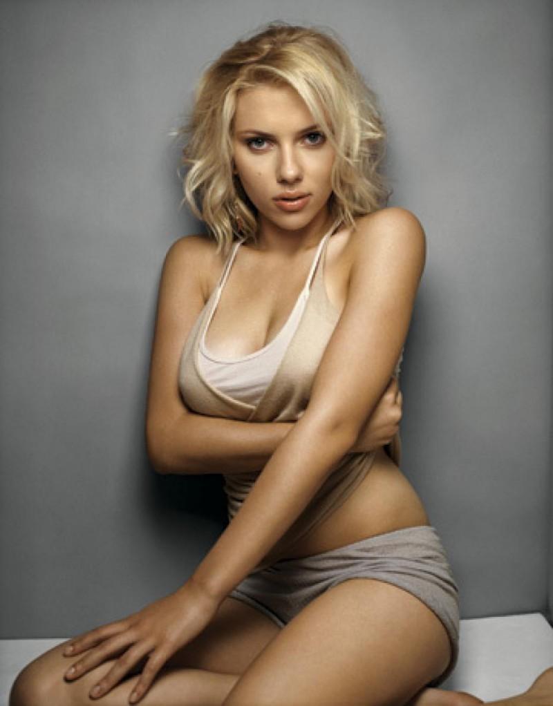 Scarlett-Johansson-01