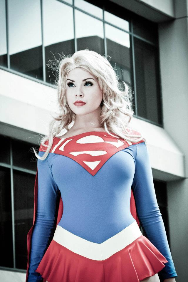 supergirl cosplays (20)